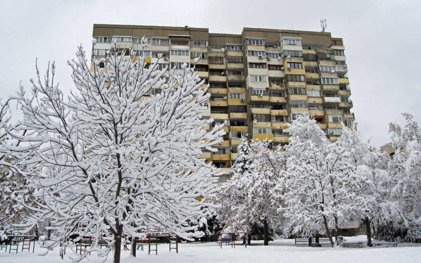 Na přídavky na bydlení má nárok každý majitel bytu (osobní vlastnictví, družstevní) nebo ten kdo má nájemní smlouvu. V této kalkulačce si můžete spočítat, zda máte nárok na příspěvek na bydlení a kolik byste v roce 2020 mohli dostat. Dozvíte se, jaké jsou podmínky a co vše po vás Úřad práce bude chtít.